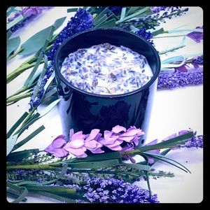 Lavender Vanilla Soy Candle, Hand-Poured, 14 oz.